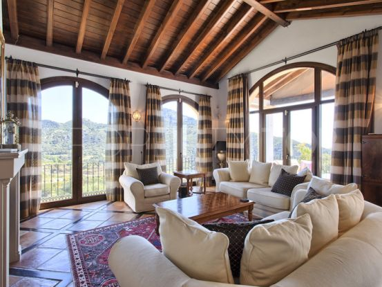 For sale Monte Mayor villa with 4 bedrooms | Engel Völkers Marbella