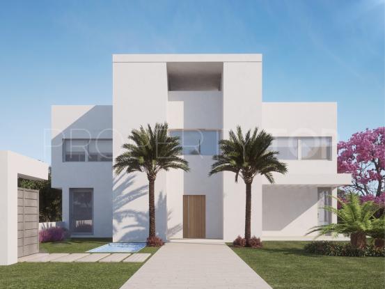 Villa for sale in New Golden Mile with 4 bedrooms | Gilmar Estepona