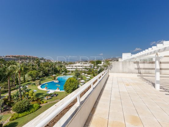 Duplex penthouse with 4 bedrooms for sale in Nueva Andalucia | Gilmar Puerto Banús
