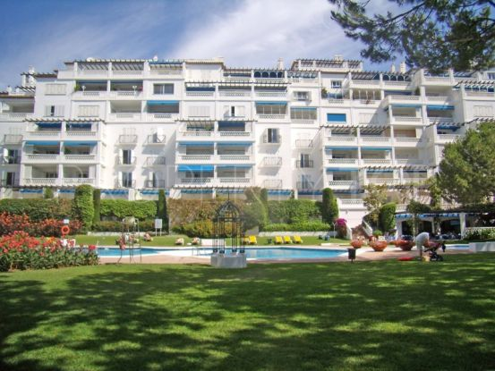Apartment in Playas del Duque | KS Sotheby's International Realty