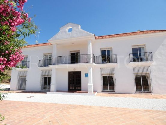 Hotel in Rincon de la Victoria | KS Sotheby's International Realty