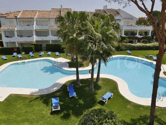 For sale apartment with 3 bedrooms in El Presidente, Estepona | KS Sotheby's International Realty