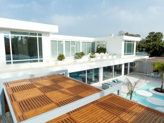 Comprar villa con 7 dormitorios en Guadalmina Baja, San Pedro de Alcantara | KS Sotheby's International Realty