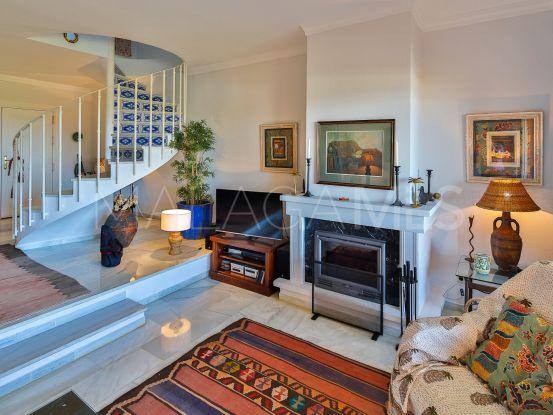 Adosado a la venta de 2 dormitorios en Aloha, Nueva Andalucia | KS Sotheby's International Realty