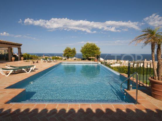 Alcaidesa villa with 5 bedrooms | Savills Sotogrande