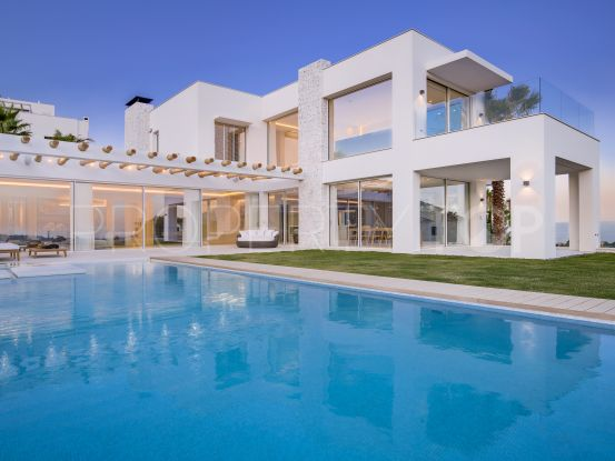 5 bedrooms villa for sale in La Panera, Estepona | Terra Meridiana