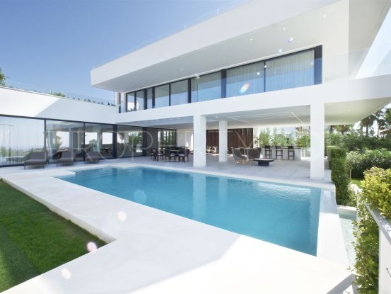Buy villa with 5 bedrooms in La Alqueria, Benahavis | Terra Meridiana