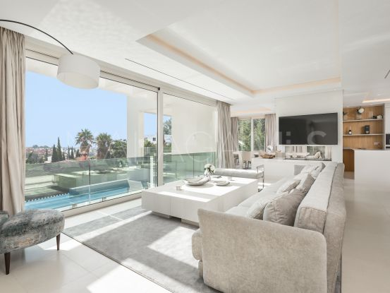 For sale Nueva Andalucia 4 bedrooms villa | Terra Meridiana