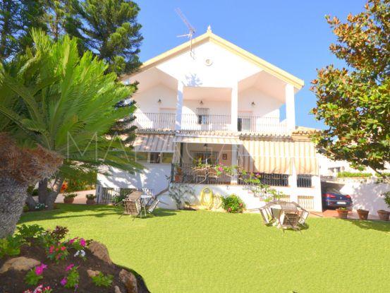 Villa with 5 bedrooms for sale in El Rosario, Marbella East | Engel Völkers Marbella