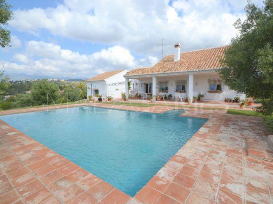 4 bedrooms El Rosario villa for sale | Engel Völkers Marbella