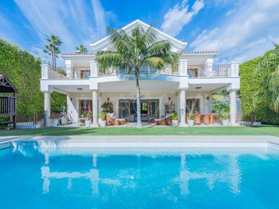 Villa with 6 bedrooms for sale in Beach Side Golden Mile, Marbella Golden Mile | Engel Völkers Marbella
