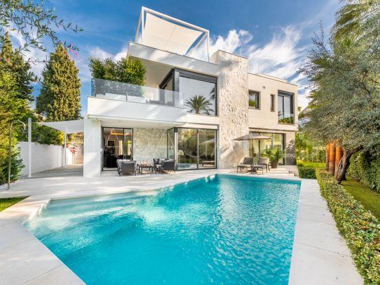 For sale Beach Side Golden Mile 5 bedrooms villa | Engel Völkers Marbella