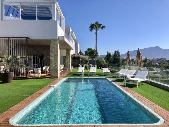 Villa for sale in La Alqueria with 3 bedrooms | Engel Völkers Marbella