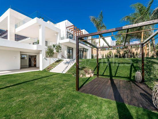 For sale 6 bedrooms villa in Los Flamingos Golf, Benahavis | Engel Völkers Marbella