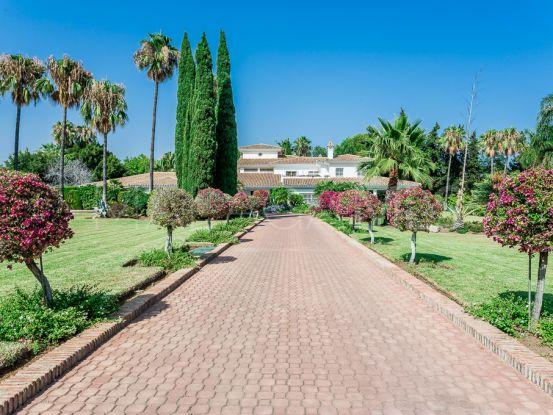 Villa in Guadalmina Baja with 8 bedrooms | Engel Völkers Marbella