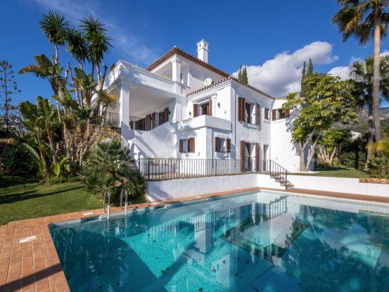 Villa for sale in Cascada de Camojan | Engel Völkers Marbella
