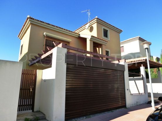 For sale villa in Guillena with 6 bedrooms | Gilmar Sevilla