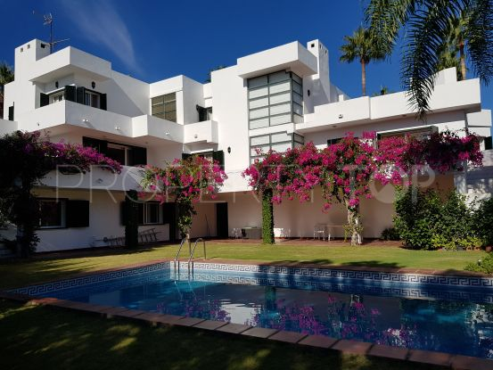 For sale villa in Zona B with 6 bedrooms | Sotogrande Properties by Goli