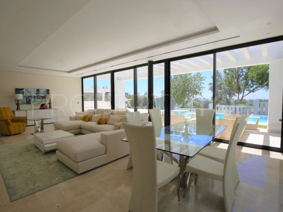 Villa for sale in Capanes Sur with 6 bedrooms | Strand Properties