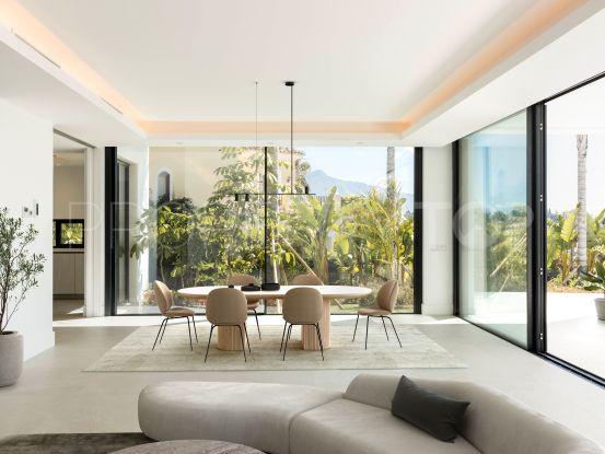 Villa a la venta en El Paraiso | Strand Properties