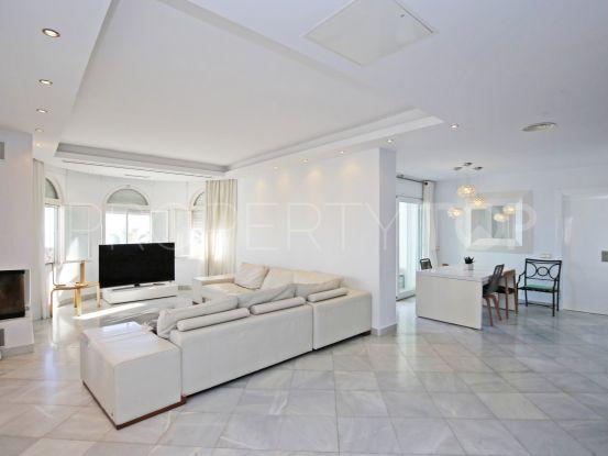 Penthouse with 3 bedrooms in Jardines Colgantes, Marbella Golden Mile | Strand Properties