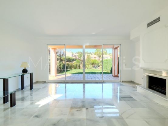 3 bedrooms town house for sale in Benahavis | Roccabox