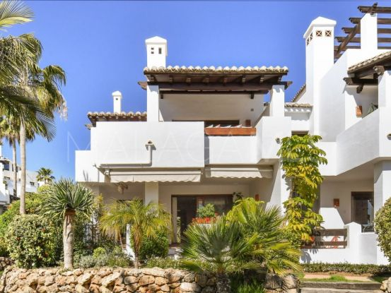 For sale 3 bedrooms town house in Benahavis | Roccabox