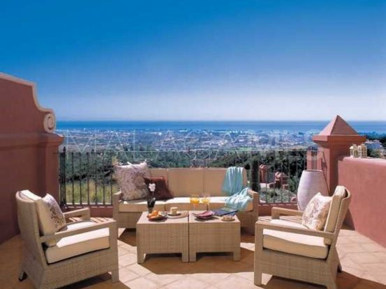 Apartment for sale in Benahavis with 2 bedrooms | Roccabox