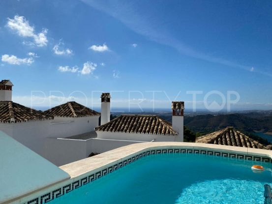 For sale town house in Sierra Blanca Country Club with 3 bedrooms | Selection Med