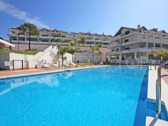 New Golden Mile penthouse with 2 bedrooms | Marbella Living