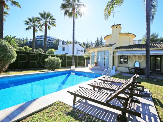 Villa for sale in Nueva Andalucia | Marbella Living