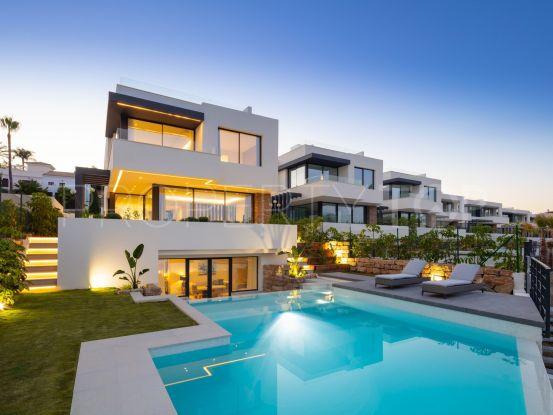 Villa in El Campanario with 4 bedrooms | Marbella Living