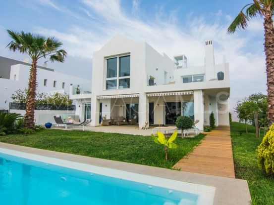 Buy 5 bedrooms villa in Ojen | Marbella Living