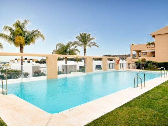 Penthouse for sale in La Resina Golf with 2 bedrooms | Marbella Living