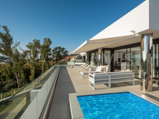 For sale 3 bedrooms penthouse in Azahar de Marbella, Nueva Andalucia | Marbella Living