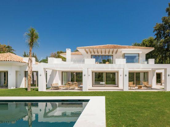 Buy villa with 5 bedrooms in El Paraiso, Estepona | Marbella Living