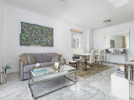 Apartment with 3 bedrooms for sale in Marbella Real, Marbella Golden Mile | Marbella Living