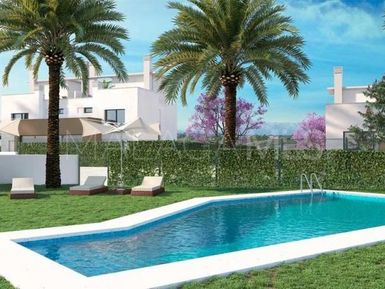 Town house for sale in Alhaurin de la Torre with 4 bedrooms | Marbella Living