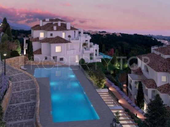 Buy Nueva Andalucia penthouse with 4 bedrooms | Marbella Living