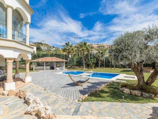 For sale 5 bedrooms villa in Los Arqueros, Benahavis | Marbella Living