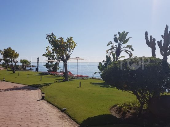 For sale penthouse in Menara Beach, Estepona   Citadelle Consulting
