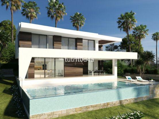 4 bedrooms villa for sale in New Golden Mile, Estepona | Prime Realty Marbella