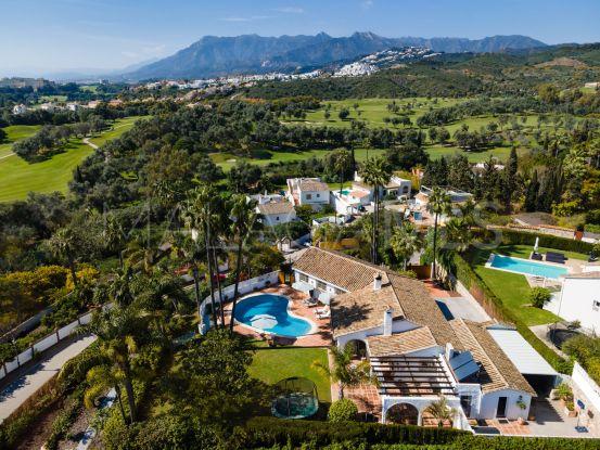 Villa en venta en El Rosario de 4 dormitorios | Pure Living Properties