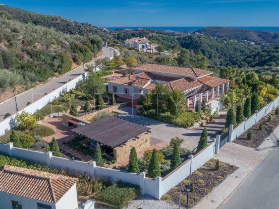 Monte Mayor 6 bedrooms villa for sale | Pure Living Properties