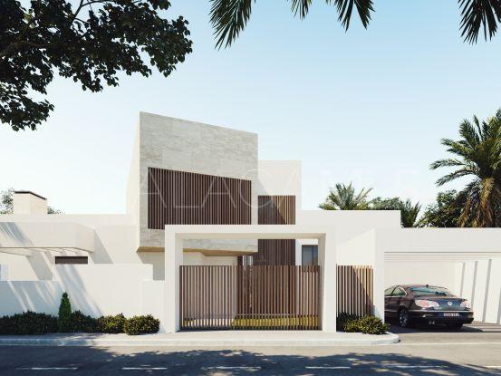 Comprar villa de 4 dormitorios en Mirador del Paraiso, Benahavis | Pure Living Properties