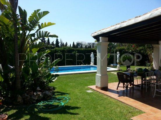 Comprar villa en Oasis de Marbella, Marbella Golden Mile | Pure Living Properties