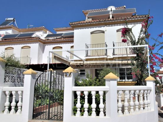 For sale house with 4 bedrooms in Estepona   Campomar Real Estate