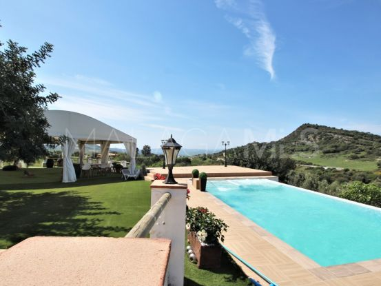 Finca for sale in Casares with 4 bedrooms | Campomar Real Estate