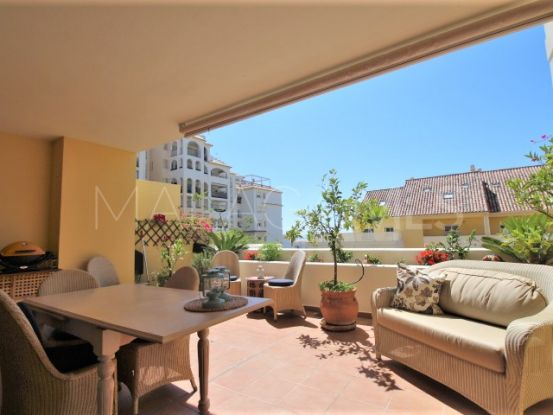 2 bedrooms apartment in Estepona Puerto for sale | Campomar Real Estate