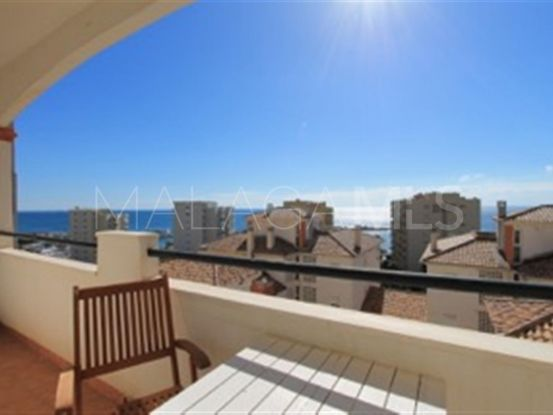 Estepona Puerto 4 bedrooms penthouse for sale | Campomar Real Estate
